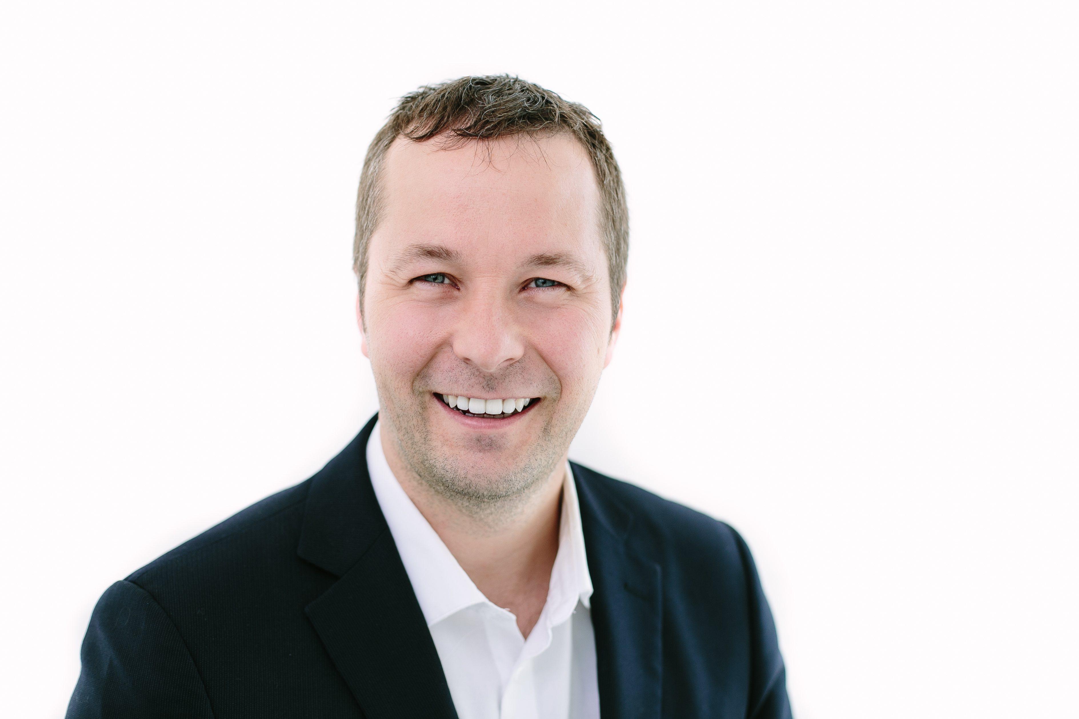 PCRM's fertility doctor, Dr. Jon Havelock